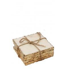 Set de cuatro posavasos cuadrados de marmol blanco y borde dorado