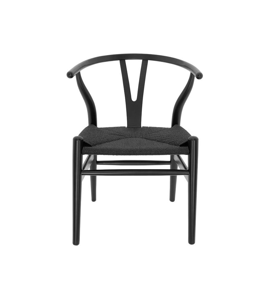 Silla de madera negra con asiento de enea negra tipo wishbone for Sillas negras baratas