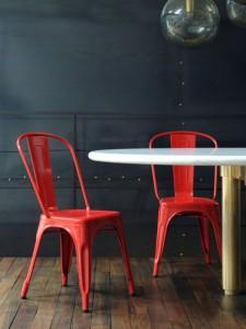 silla industrial vintage roja IconsCorner