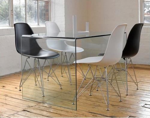 Mesas imprescindibles el centro neur lgico de la decoraci n for Mesas de comedor de cristal y aluminio