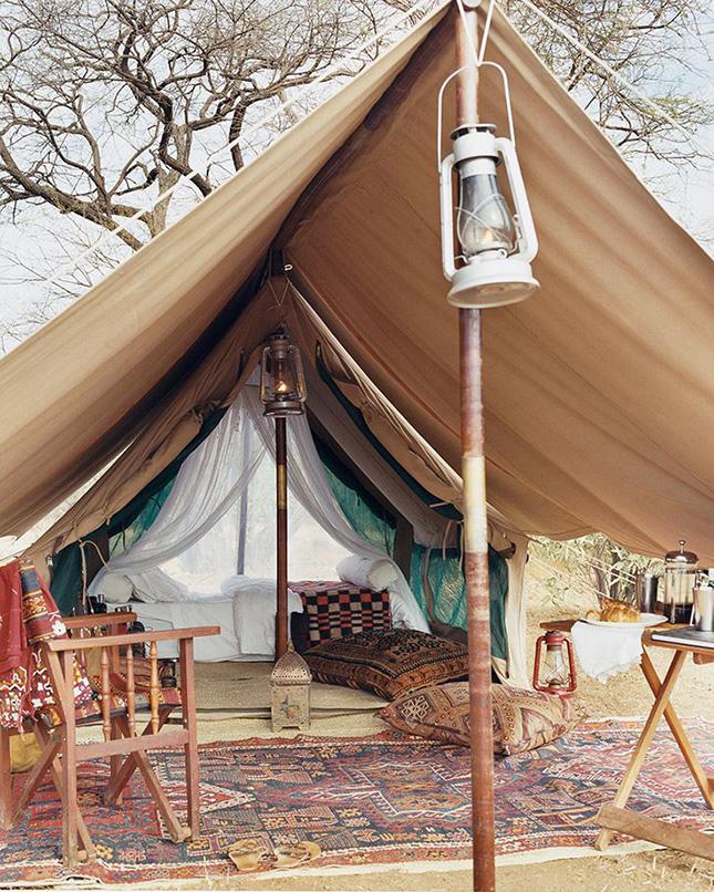 Camping_con_estilo_plaids_cojines étnicos_Iconscorner