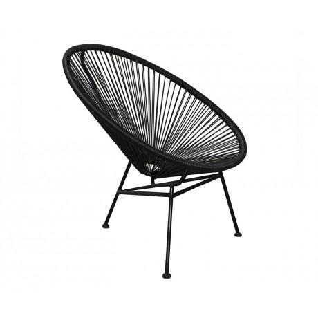 muebles en lugares imposibles cojines en sillas. Black Bedroom Furniture Sets. Home Design Ideas