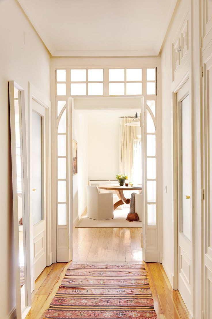 Alfombras por los pasillos visitas muy shhhh for Decoracion de pasillos pequenos