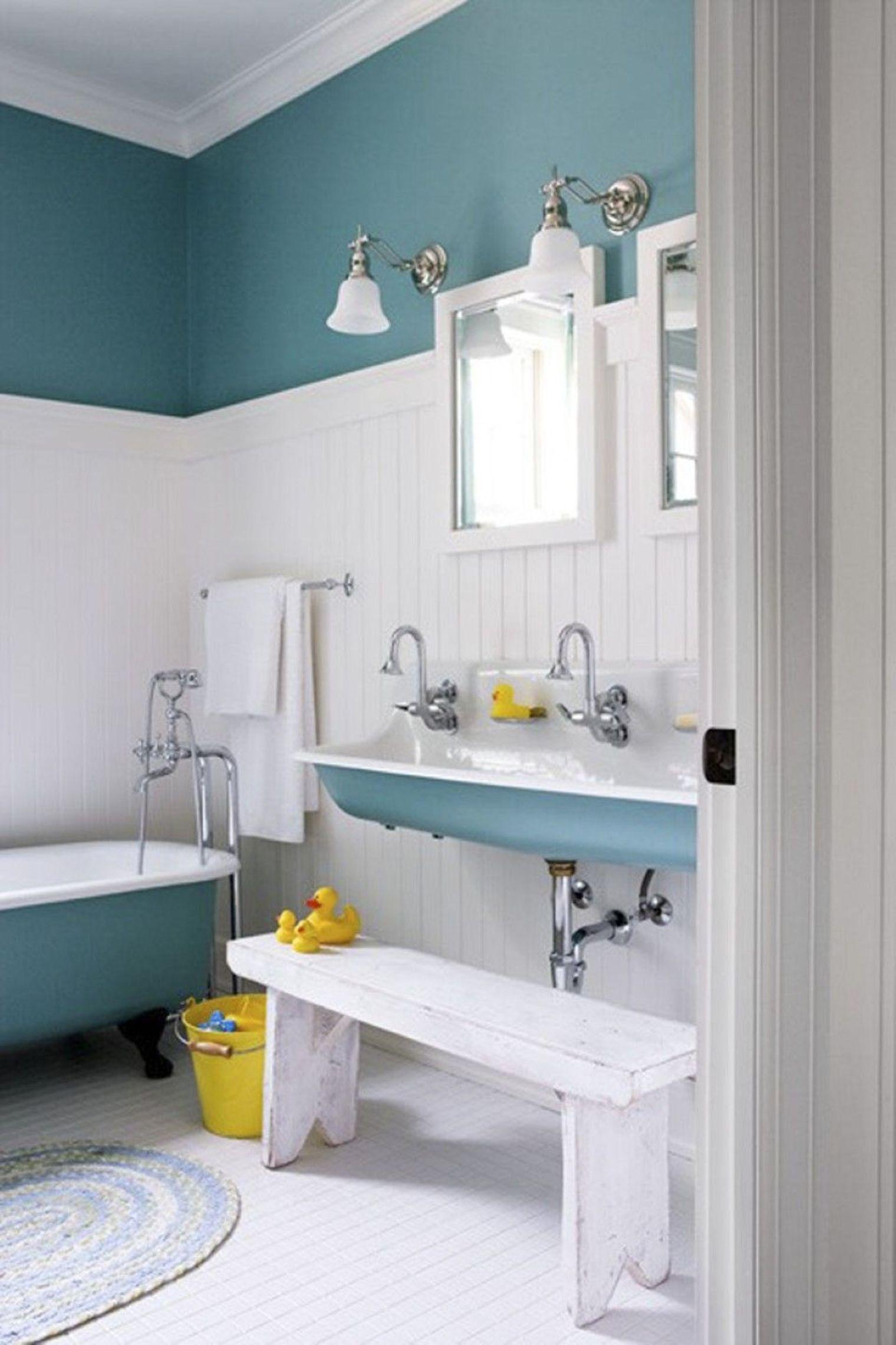 Meuble de salle de bain bleu: salle de bain bleu canard. ensemble ...