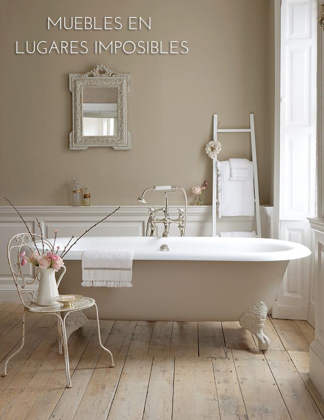 Muebles en lugares imposibles sillas en baños interiorismo IconsCorner