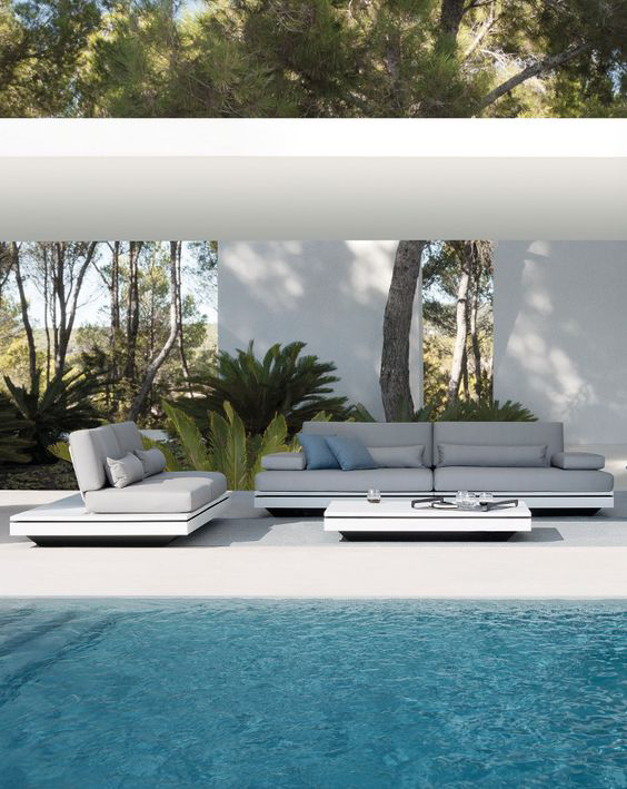 Zona chill out jardin sof silln y mesa solid de vondom for Chill out jardin