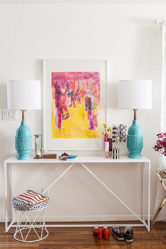 reforma apartamento basado en colores y complementos