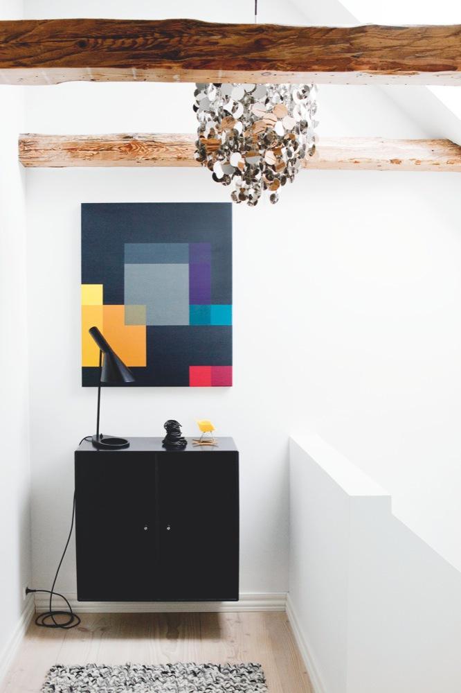 Lámpara negra de sobremesa Arne Jacobsen