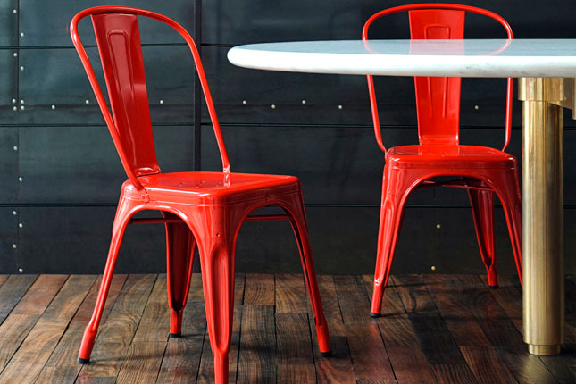 silla de diseño vintage metálica color rojo