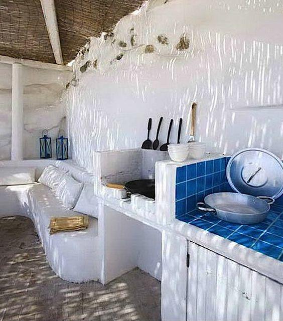 jugar con la luz del mediterráneo en la decoración