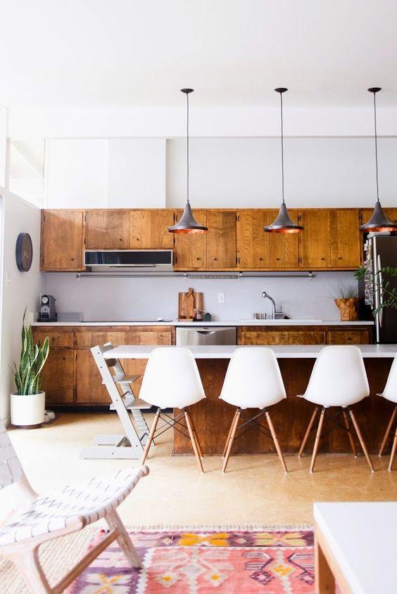 cómo iluminar una cocina, propuesta con lámparas Tom Dixon