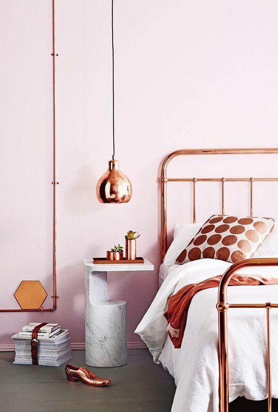 lámpara de techo acabado en cobre