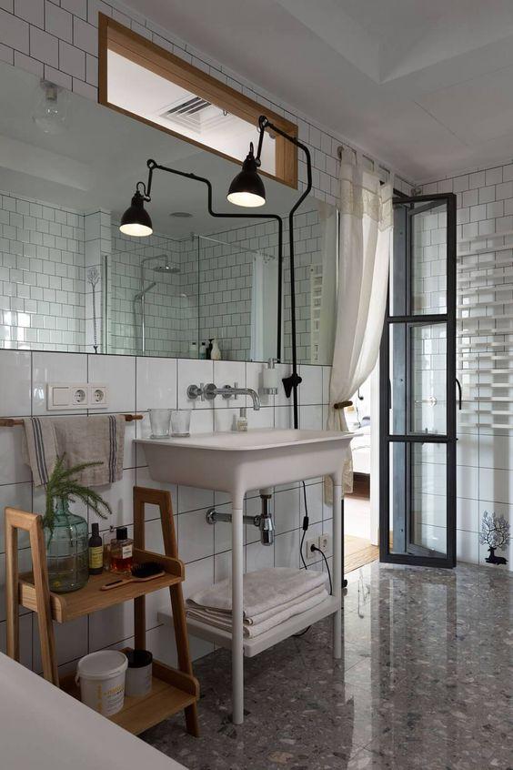 Bernard-Albin Gras iluminación en baño