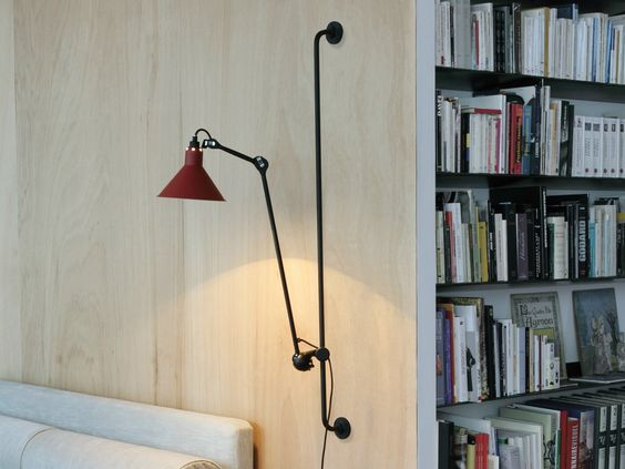 Lámpara de pared Bernard-Albin Gras roja