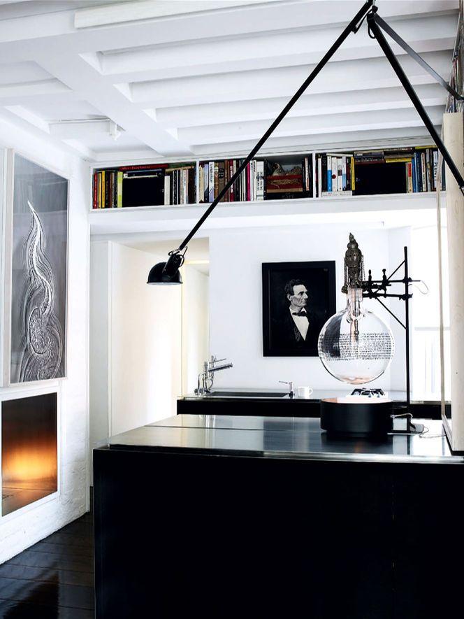 Aplique de pared negro Paolo Rizzatto