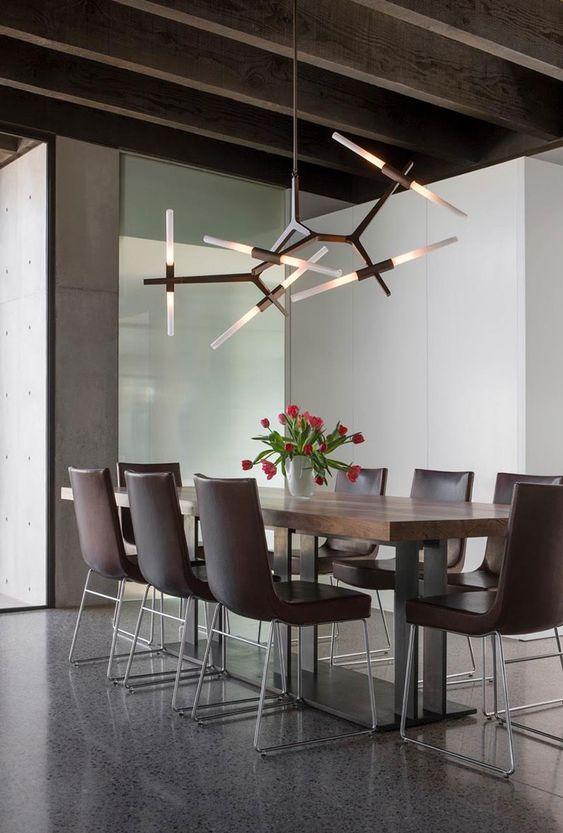 Salón moderno con lámpara de techo de 10 elementos negra diseño tipo Lindsey Adelman